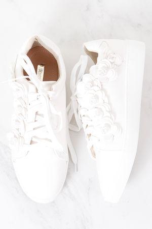 3D Flower Pump White