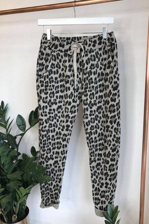 Made In Italy Lounge Leopard Joggers Beige