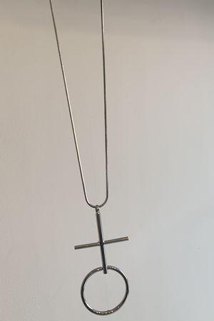 Cross Hoop Necklace Silver