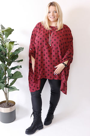 Oversized Two Pocket Print Tunic Claret