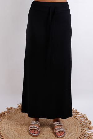 Basic Skirt Black