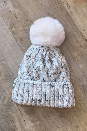 Cable Bobby Hat Oatmeal