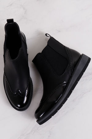 Chunky Brogue Chelsea Boot Black