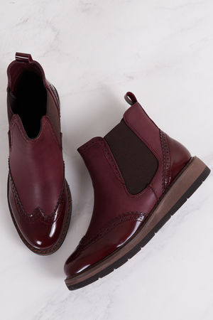 Flatform Brogue Chelsea Boot Burgundy