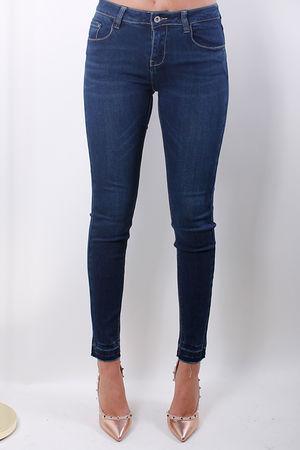 Dark Wash Raw Egde Jeans