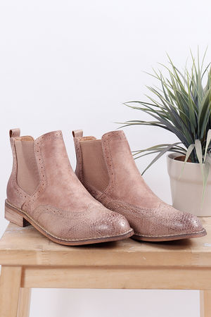Distressed Brogue Boot Rose