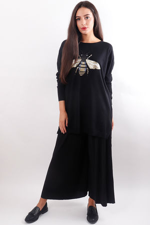Embroidered Bee Long Knit