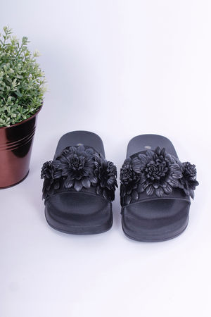 Floral Sliders Black