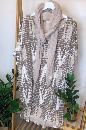 Linear Oversized Tie Dye Tee Mocha & Nude