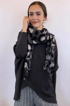 Macro Leopard Tassel Scarf Greys