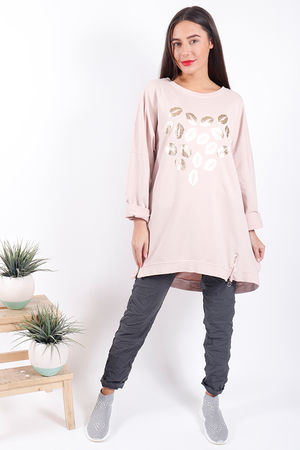 Made In Italy Oversized Lips Love Sweat Blush