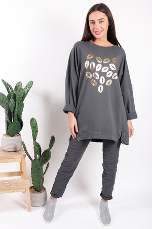 Made In Italy Oversized Lips Love Sweat Graphite