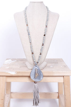 Malmo Resin & Bead Tassel Necklace Grey