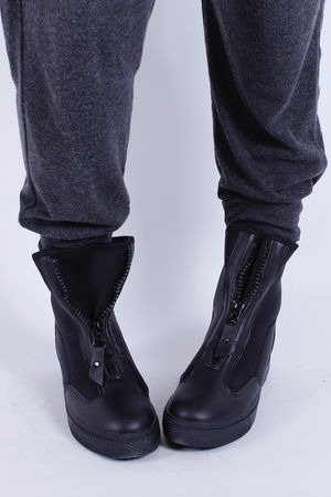 Neoprene Zip Up Bootie Black