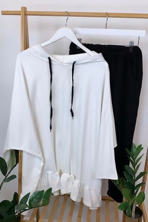 Oversized Frill Hoodie Warm White