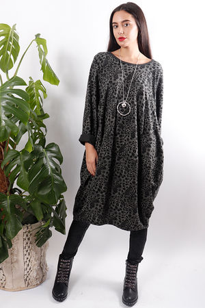 Oversized Print Pocketed Tunic Graphite