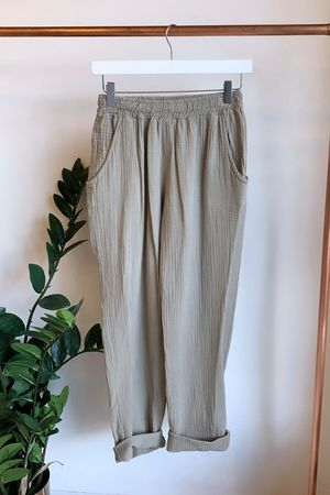 Relaxed Crinkle Muslin Pant Mocha