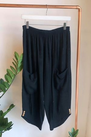 Sahara Hopsack Button Crop Pant Black