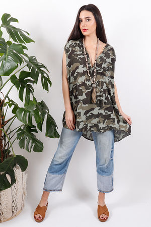 Seven Nations Oversized Camo Top