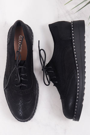 Stud Flatform Brogue Black