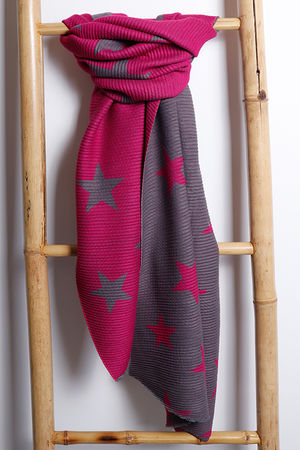 Super Soft Pleat Scarf Star Fuchsia & Grey