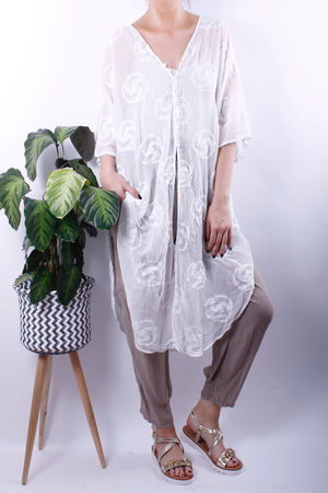 Swirl Embroidered Button Long Kaftan Top