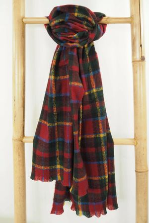 The Balmoral Scarf Forest & Rioja*