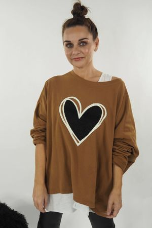 The Boucle Heart Slouch Sweat Tobacco