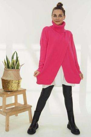 The Crossed Lines Polo Knit Hot Pink *