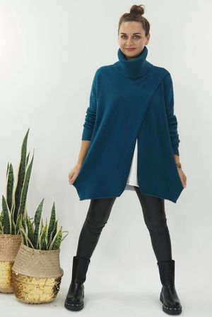 The Crossed Lines Polo Knit Petrol