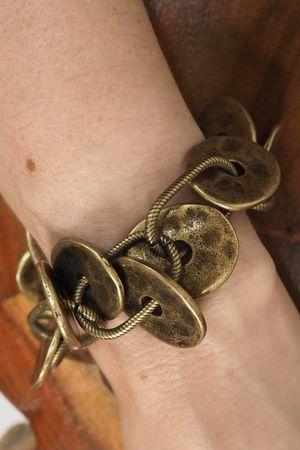 The Dakota Bracelet Brass