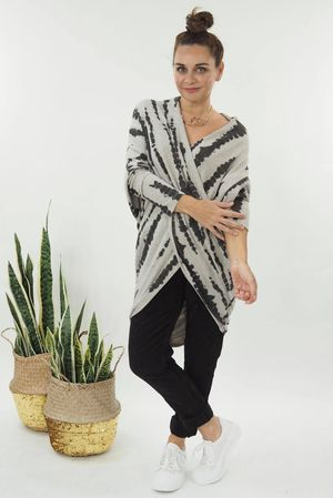 The DNA Huggy Wrap Knit Oatmeal