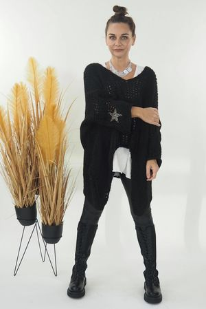 The Grunge Star Slouch Knit Black