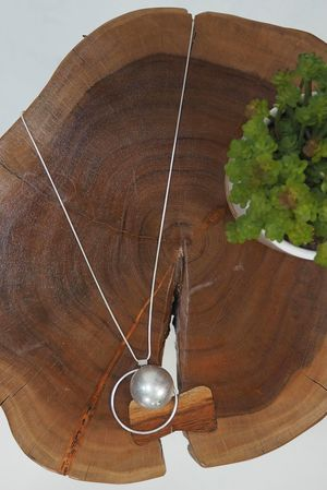 The Hoop Ball Necklace Silver