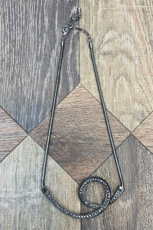 The Loop Shortie Necklace Pewter