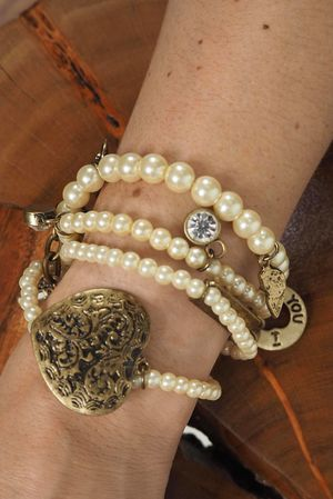 The New Mexico Bracelet Pearl