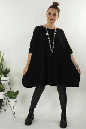 The Oversized Pocketed Swing Knit Black