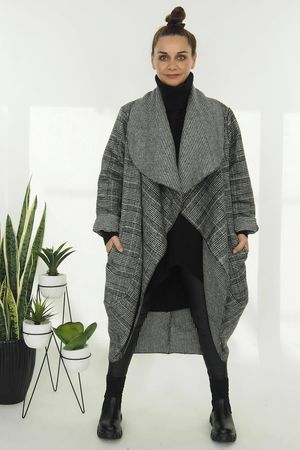 The Prince Of Wales Cocoon Coat Black