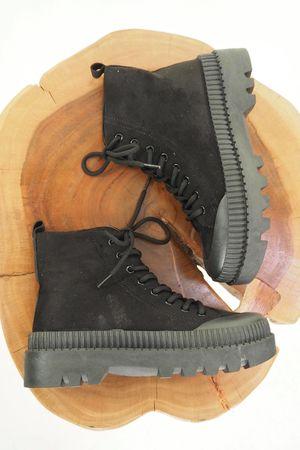 The Simon Tread Lace Up Boot Black