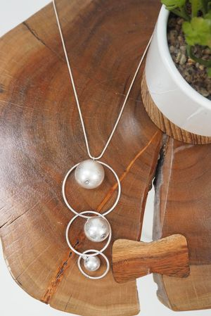 The Triple Orbit Necklace Silver