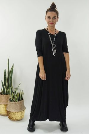 The 3/4 Sleeve Parachute Dress Black