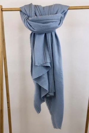 The Boarder Blanket Scarf Ice
