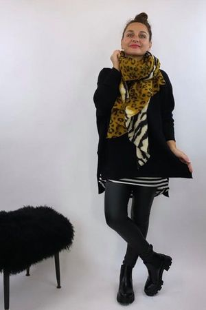 The Charli Hi Lo Knit Black
