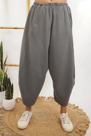 The Cocoon Relaxed Sweat Pant Graphite **