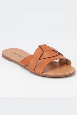 The Criss Cross Sandal Tan