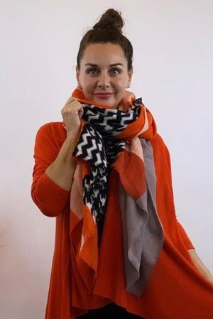 The Dogtooth Colour Block Scarf