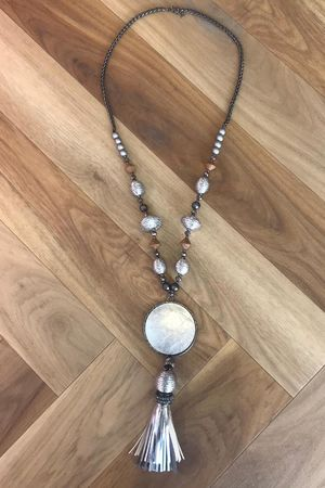 The Dubai Gong Tassel Necklace Silver