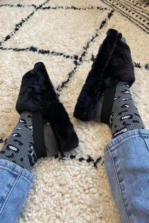 The Foot Huggs Black