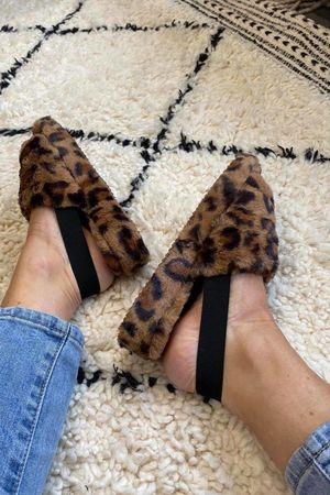 The Foot Huggs Leopard
