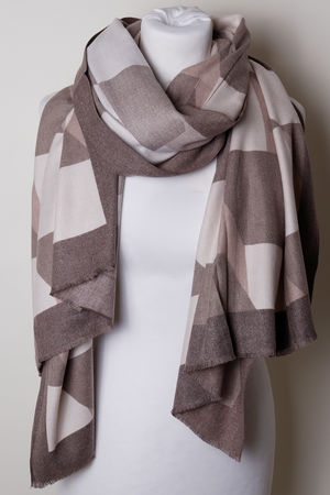 The Geo Scarf Neutral Taupe